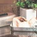 メスティンと固形燃料で簡単にパンが焼けます☆アウトドアレシピ